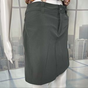 Eddie Bauer Charcoal Gray Adventure Skort Size 4